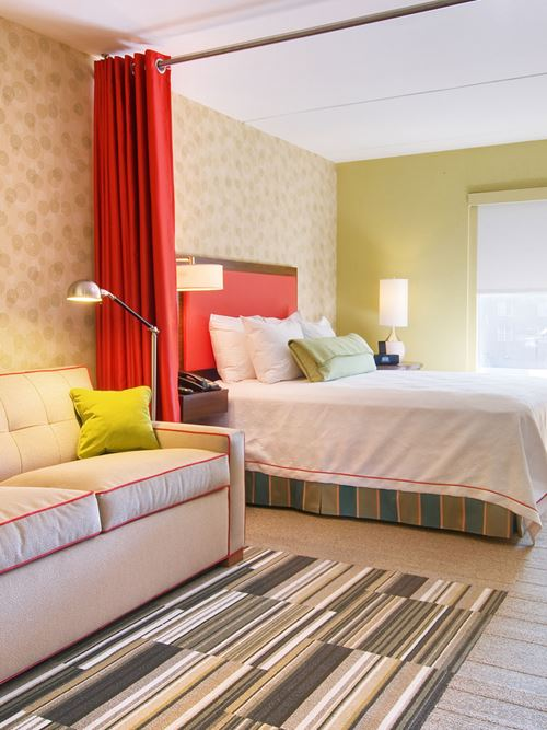 Home2 Suites by Hilton - Milwaukee Airport