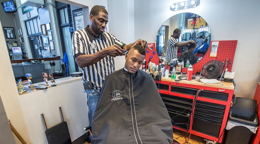 Gee's Clippers Barber and Beauty Salon