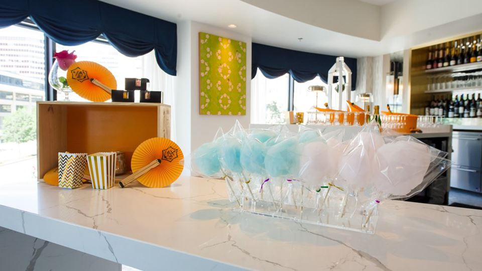 Giggly Champagne & Wine Bar
