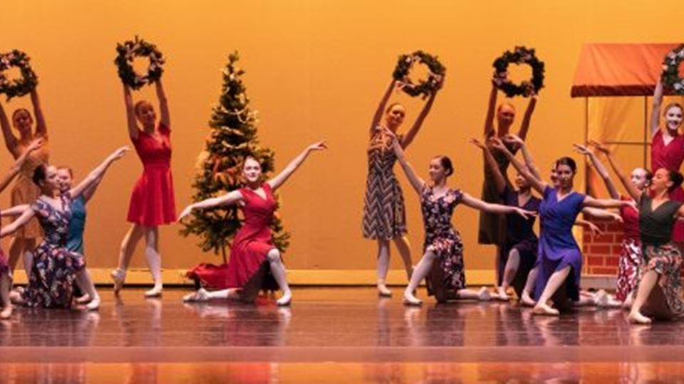 'Twas the Night Before Christmas - Milwaukee Ballet School & Academy