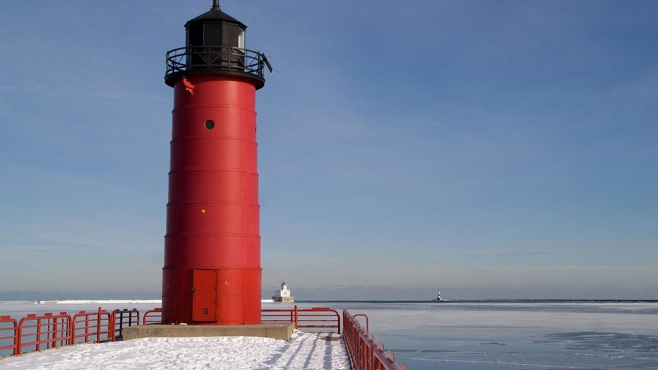 Milwaukee Pierhead Light